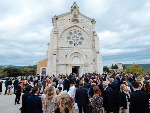 Le mariage de Alexandre et Aurélie à Grignan, Drôme 30