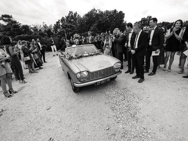 Le mariage de Alexandre et Aurélie à Grignan, Drôme 32