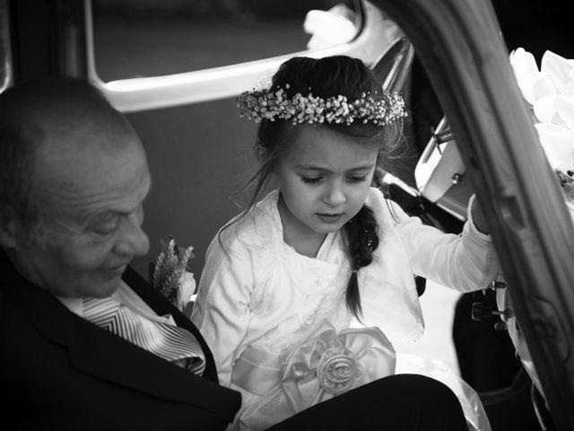 Le mariage de Romain et Caroline à Bugarach, Aude 4