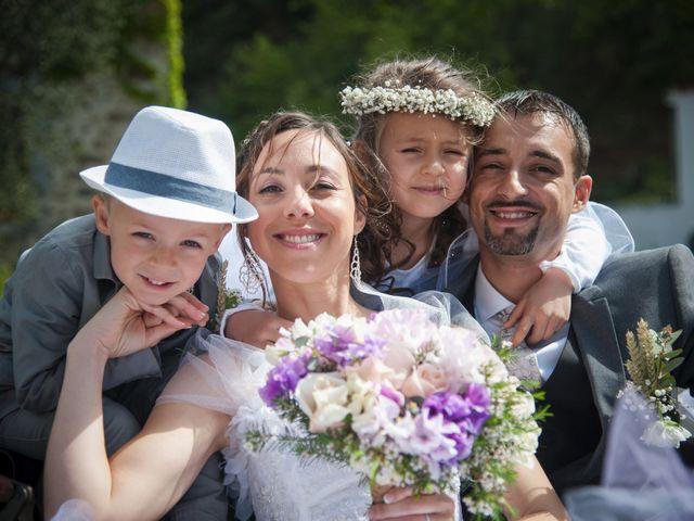 Le mariage de Romain et Caroline à Bugarach, Aude 16