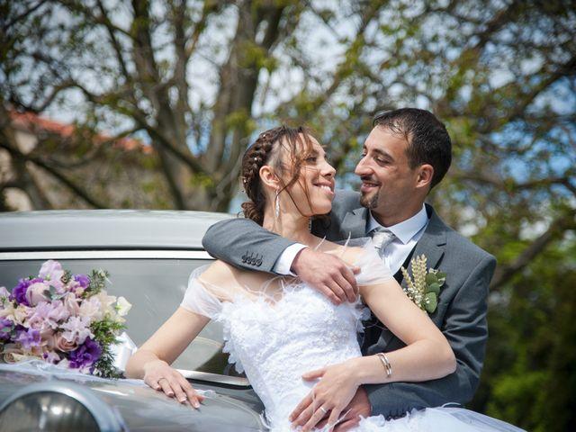 Le mariage de Romain et Caroline à Bugarach, Aude 24