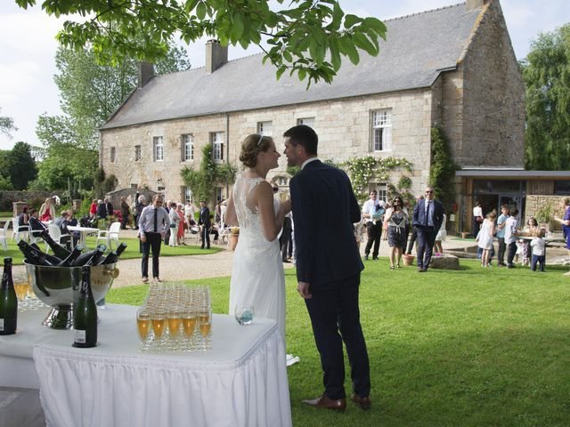 Le mariage de Yann et Anne à Perros-Guirec, Côtes d'Armor 4