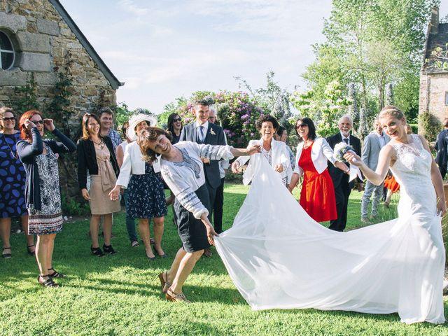 Le mariage de Yann et Anne à Perros-Guirec, Côtes d'Armor 15