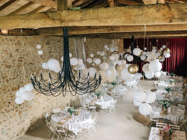 Le mariage de Pierre et Joanne à Saint-Marcel-de-Félines, Loire 6