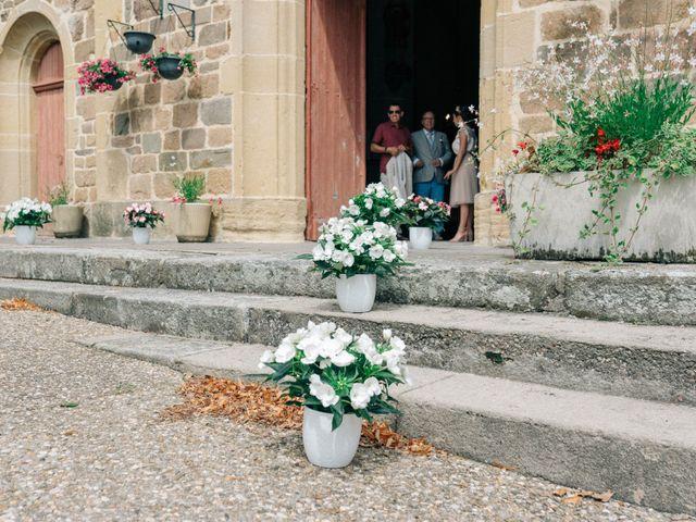 Le mariage de Pierre et Joanne à Saint-Marcel-de-Félines, Loire 26
