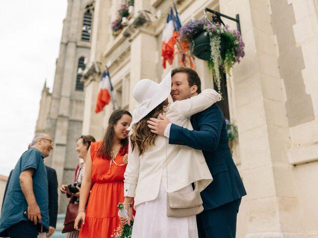 Le mariage de Pierre et Joanne à Saint-Marcel-de-Félines, Loire 35