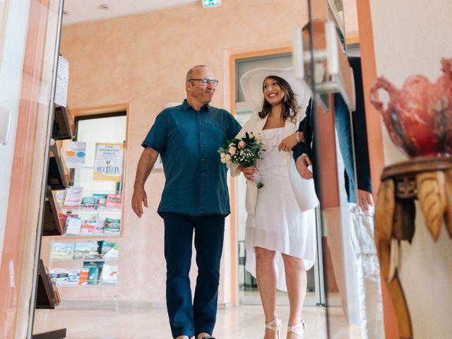 Le mariage de Pierre et Joanne à Saint-Marcel-de-Félines, Loire 54