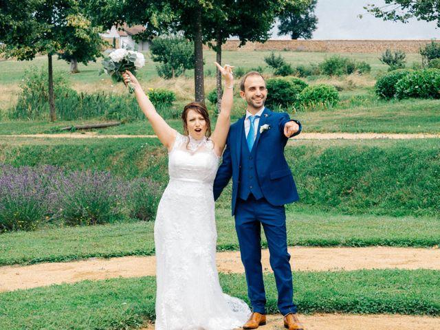 Le mariage de Pierre et Joanne à Saint-Marcel-de-Félines, Loire 71