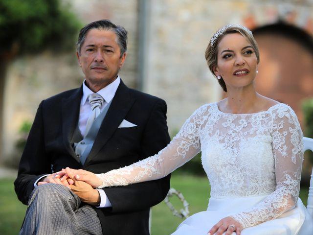 Le mariage de Serge et Rossy à Benest, Charente 10