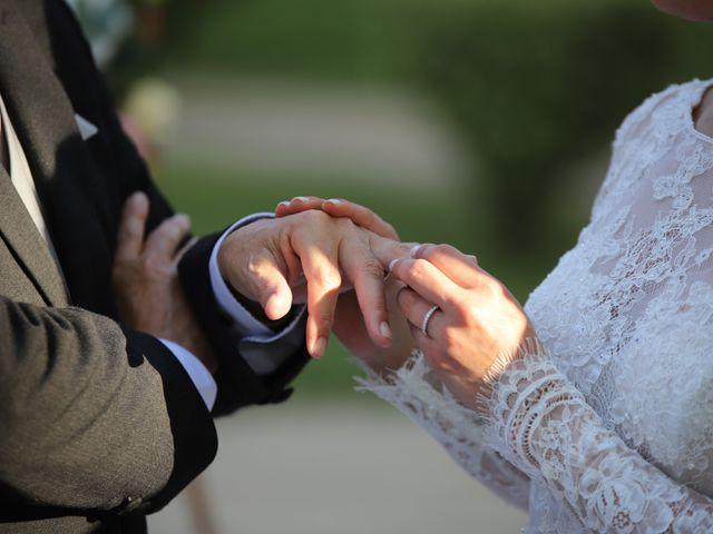 Le mariage de Serge et Rossy à Benest, Charente 60