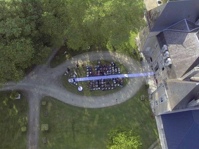 Le mariage de Serge et Rossy à Benest, Charente 65
