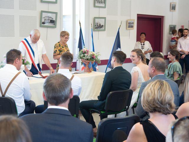 Le mariage de Mathias et Chloé à Grospierres, Ardèche 30