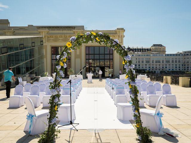 Le mariage de Gareth et Rebecca à Biarritz, Pyrénées-Atlantiques 8
