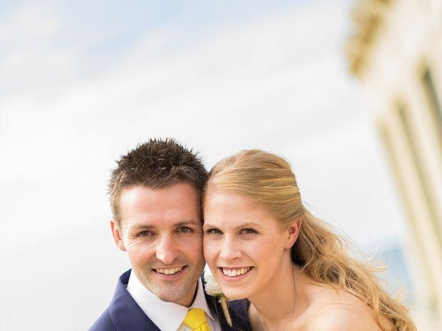 Le mariage de Gareth et Rebecca à Biarritz, Pyrénées-Atlantiques 12