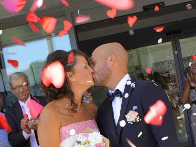 Le mariage de Anthony et Nadine à Uchaud, Gard 38