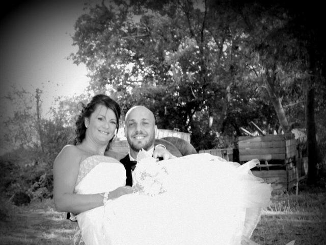 Le mariage de Anthony et Nadine à Uchaud, Gard 77