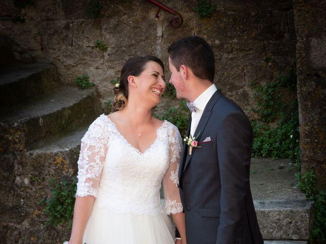 Le mariage de Bastien et Céline à Sainte-Eulalie-de-Cernon, Aveyron 18