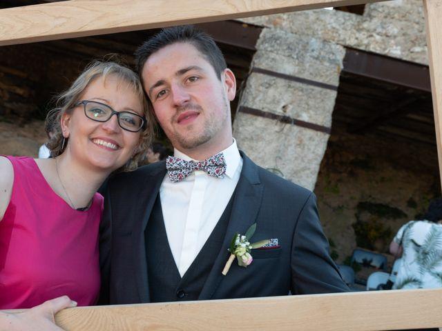 Le mariage de Bastien et Céline à Sainte-Eulalie-de-Cernon, Aveyron 26