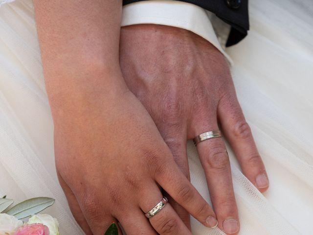 Le mariage de Bastien et Céline à Sainte-Eulalie-de-Cernon, Aveyron 32