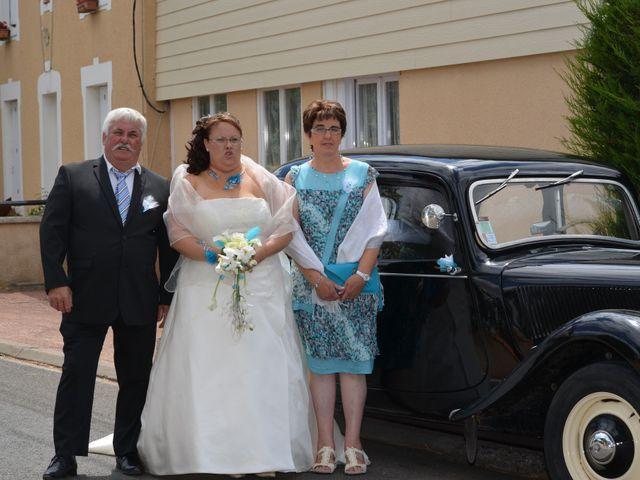 Le mariage de Emmanuel et Laetitia à Thouars, Deux-Sèvres 22