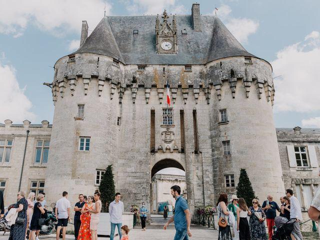 Le mariage de Jean Michel et Sarah à Jonzac, Charente Maritime 11