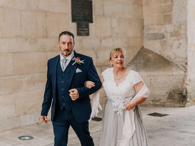 Le mariage de Jean Michel et Sarah à Jonzac, Charente Maritime 15