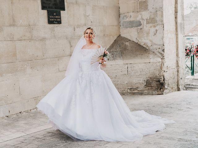 Le mariage de Jean Michel et Sarah à Jonzac, Charente Maritime 16