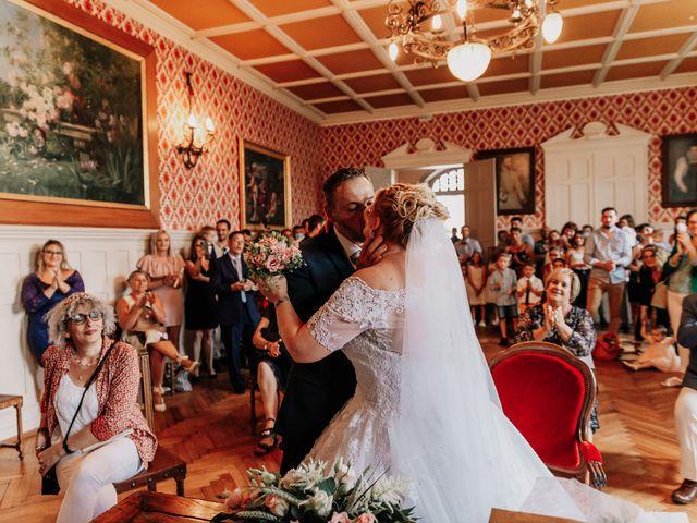 Le mariage de Jean Michel et Sarah à Jonzac, Charente Maritime 20