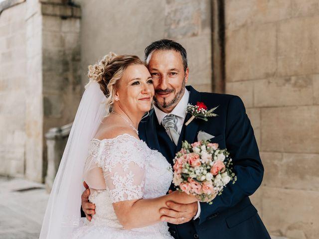 Le mariage de Jean Michel et Sarah à Jonzac, Charente Maritime 30