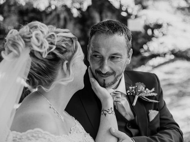 Le mariage de Jean Michel et Sarah à Jonzac, Charente Maritime 33