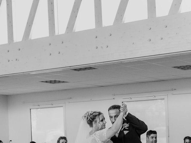Le mariage de Jean Michel et Sarah à Jonzac, Charente Maritime 41