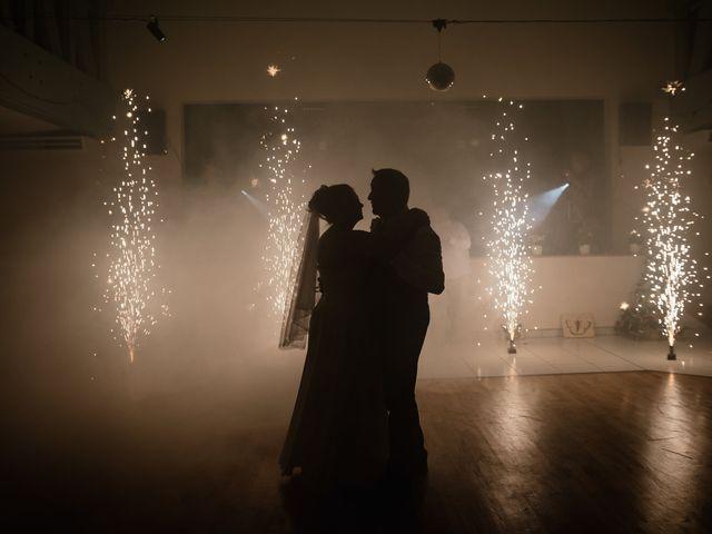 Le mariage de Jean Michel et Sarah à Jonzac, Charente Maritime 43