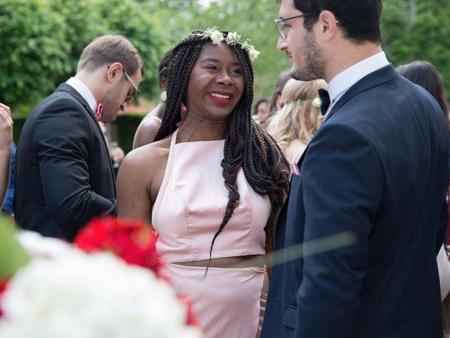 Le mariage de Madina et Alister à Paris, Paris 124