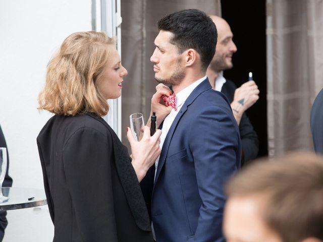 Le mariage de Madina et Alister à Paris, Paris 142