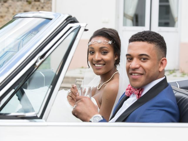 Le mariage de Madina et Alister à Paris, Paris 147