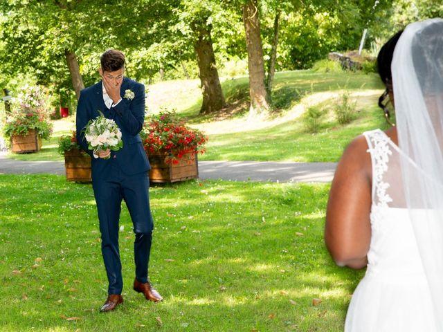 Le mariage de Romain et Naomie à Fresneaux-Montchevreuil, Oise 7