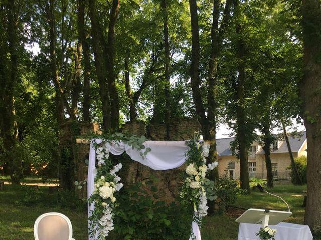 Le mariage de Clothilde  et Deborah  à Santeny, Val-de-Marne 14