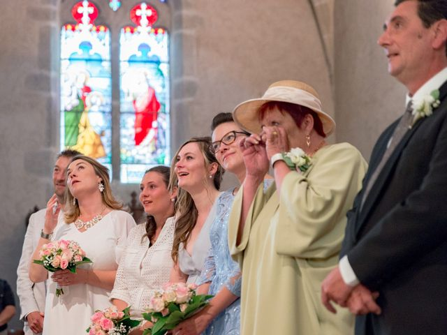 Le mariage de Jean-Baptiste et Charlène à Roanne, Loire 10