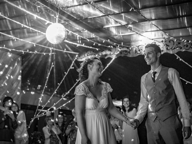 Le mariage de Jean-Baptiste et Charlène à Roanne, Loire 79