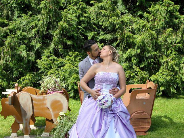 Le mariage de Sébastien et Aurélie à Sedan, Ardennes 102
