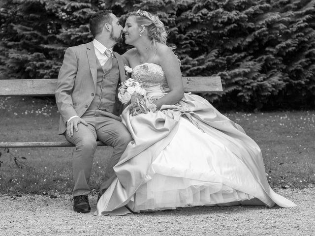 Le mariage de Sébastien et Aurélie à Sedan, Ardennes 131