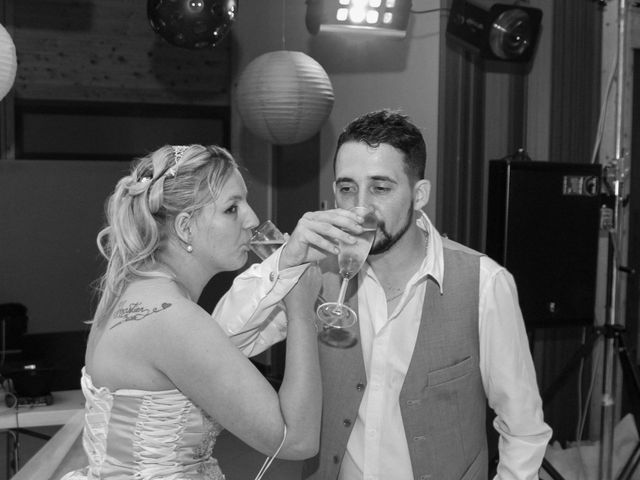 Le mariage de Sébastien et Aurélie à Sedan, Ardennes 192