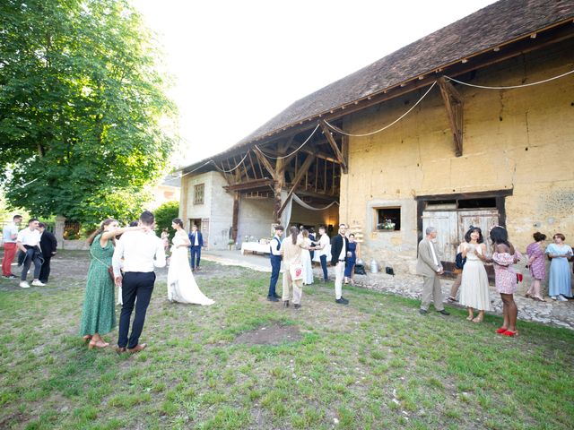 Le mariage de Caroline et Mathilde à Voissant, Isère 1