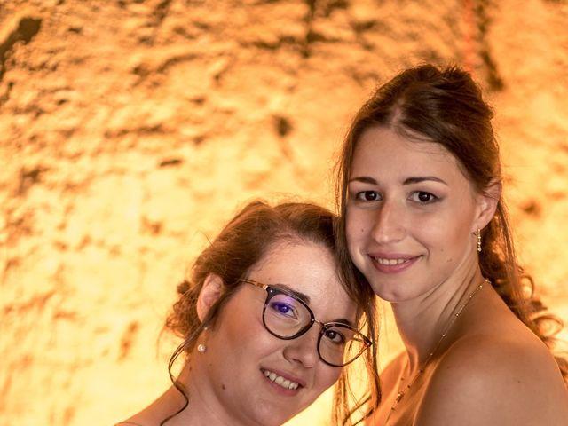 Le mariage de Caroline et Mathilde à Voissant, Isère 9