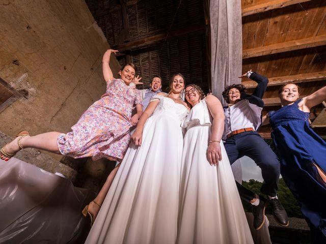 Le mariage de Caroline et Mathilde à Voissant, Isère 14