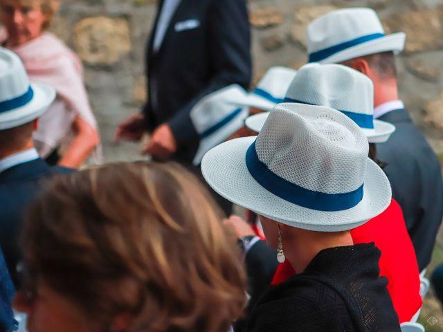 Le mariage de Anthony et Camille à Auros, Gironde 5