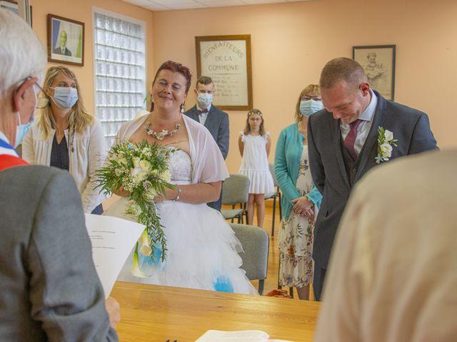 Le mariage de Benjamin et Aurélie à Villers-Guislain, Nord 21