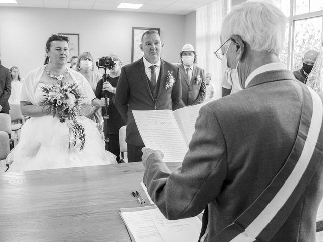 Le mariage de Benjamin et Aurélie à Villers-Guislain, Nord 26