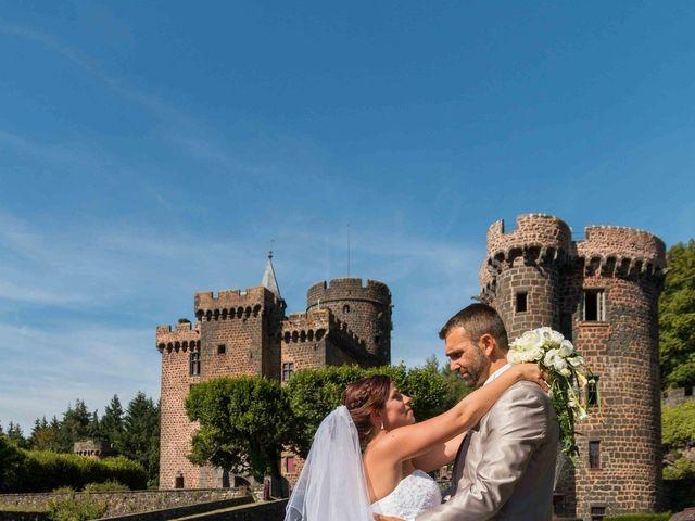 Le mariage de Mika et Céline à Pontgibaud, Puy-de-Dôme 2