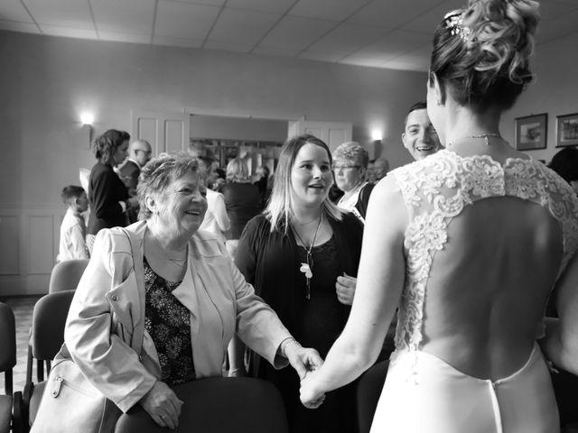 Le mariage de Jonathan et Léna à Clévilliers, Eure-et-Loir 13